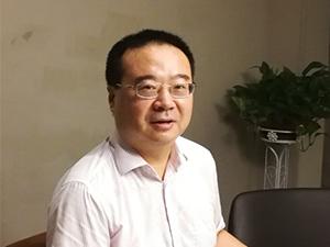 常务副会长 侯宏斌